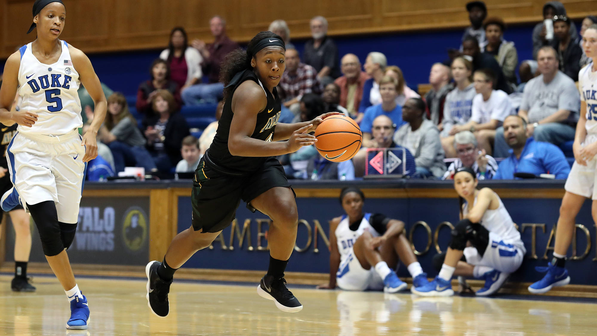 Wandersee's double-double highlights exhibition loss at Duke